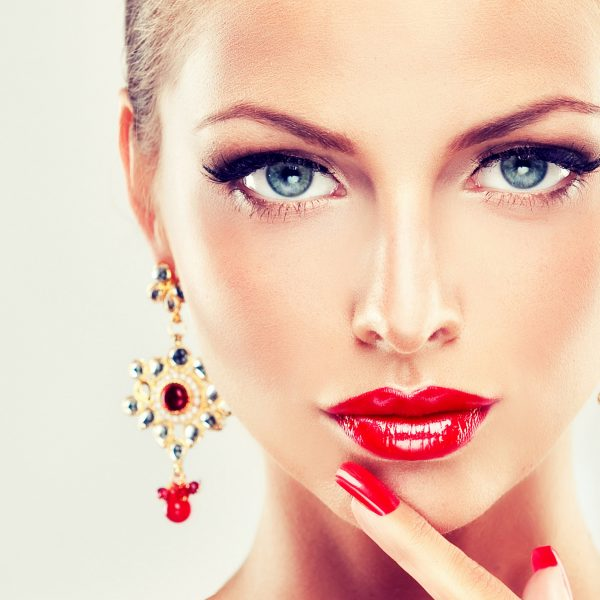 woman-person-girl-jewelry-hd-wallpapers